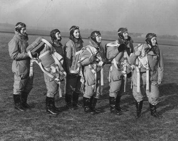 女「ATA Pilots」:写真・画像(18)[壁紙.com]