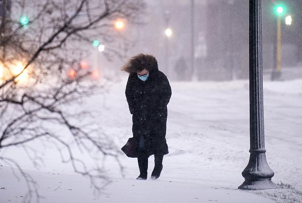 Weather「Blizzard Conditions Descend On Twin Cities, Sending Temperatures Plummeting」:写真・画像(12)[壁紙.com]