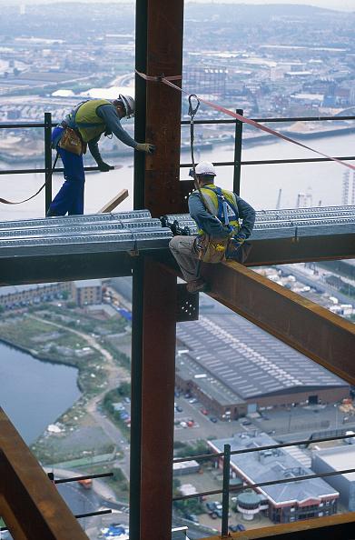 Pair「Steel sheeting on the HSBC tower, Canary wharf, London」:写真・画像(17)[壁紙.com]