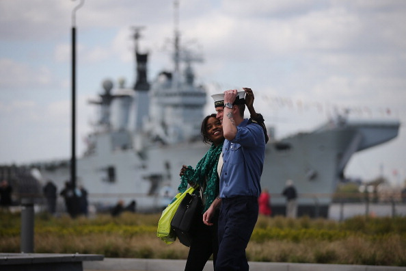 Females「Life On Board HMS Illustrious」:写真・画像(0)[壁紙.com]