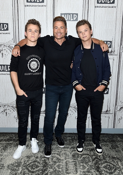 USA「Build Presents Rob Lowe And His Sons Matthew Lowe and John Owen Lowe Discussing 'The Lowe Files'」:写真・画像(18)[壁紙.com]