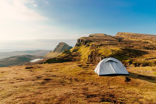 テント「キャンプ、スカイ島、スコットランド」:スマホ壁紙(19)