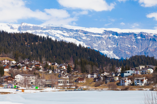 Ski Resort「Ski resort Laax in Grisons, Switzerland」:スマホ壁紙(3)