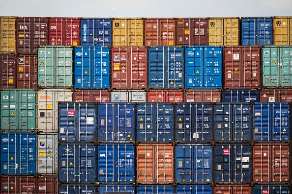 Felixstowe「General Views Of The Container Terminal At Felixtowe Port」:写真・画像(1)[壁紙.com]