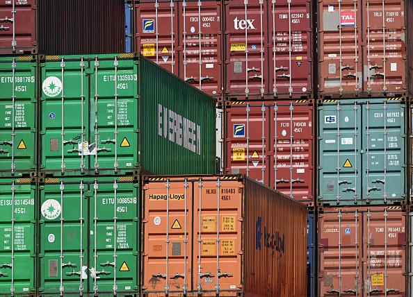 Container「Hamburg Port As Eurozone Economic Forecast Worsens」:写真・画像(13)[壁紙.com]