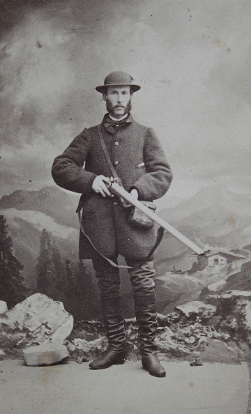 Hand「Hunter With Hat; Whisker And Boots; Holding A Hunting Shotgun In Both Hands. Full Figure. About 1865. Carte De Visite Photograph By Amand Schlossarek Painter And Photograf. Vienna [Castle Glacis 134 Next To The Grossen Zeisig]」:写真・画像(3)[壁紙.com]