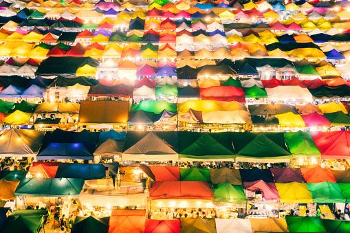 Night Market「Train night market in Bangkok」:スマホ壁紙(14)