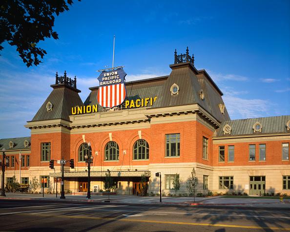 Empty「Exterior view of Union Pacific railroad building in Salt Lake City, Utah. USA.」:写真・画像(3)[壁紙.com]