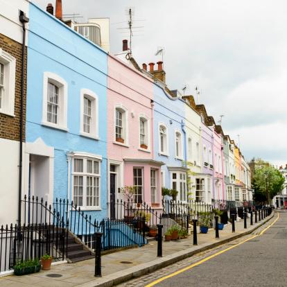 Funky「Colourful Homes in Chelsea, London」:スマホ壁紙(18)