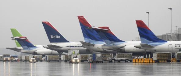 Hartsfield-Jackson Atlanta International Airport「US Airways Bids $8 Billion For Delta Merger」:写真・画像(16)[壁紙.com]
