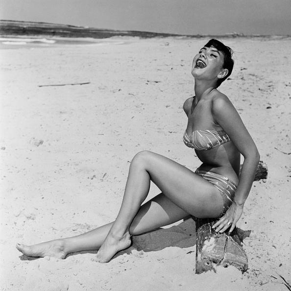 Bikini「Sun Worshipper」:写真・画像(13)[壁紙.com]