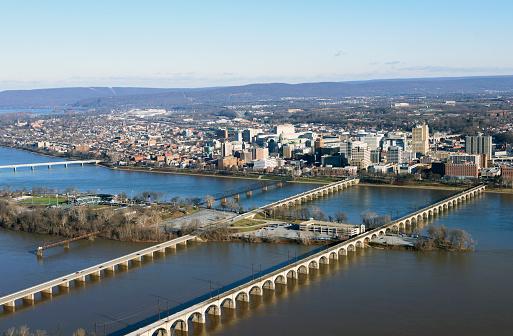 Arch Bridge「Harrisburg cityscape from the air」:スマホ壁紙(12)