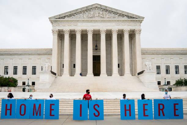 Supreme Court Rules President Trump Can Not End The Deferred Action For Childhood Arrivals (DACA) Program:ニュース(壁紙.com)