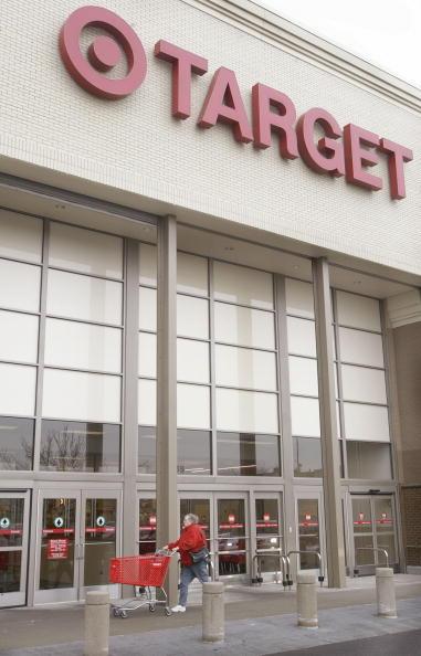 Sports Target「Target Reports Fourth Quarter Earnings」:写真・画像(10)[壁紙.com]
