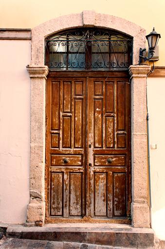 Retro「ヴィンテージのドア、建築の建物の外観」:スマホ壁紙(18)