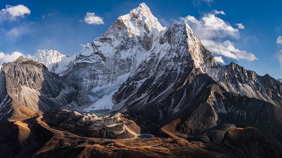 Ama Dablam「65MPix Panorama of beautiful  Mount Ama Dablam in  Himalayas, Nepal」:スマホ壁紙(17)