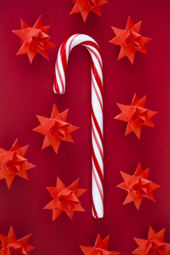 Paper Craft「Candy cane and Danish Christmas star decorations」:スマホ壁紙(9)