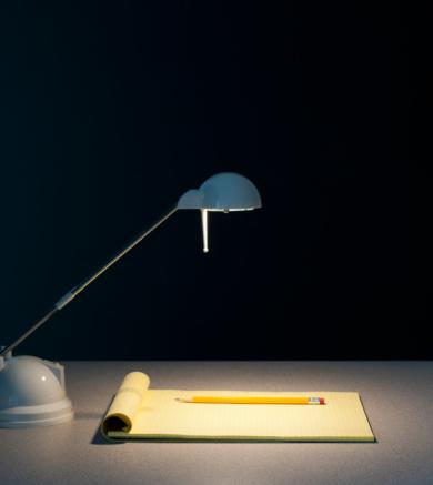 Desk Lamp「Light and pad of paper」:スマホ壁紙(16)
