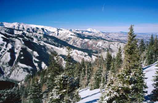 Mt Aspen「Snow-covered mountains from Aspen Mountain.」:スマホ壁紙(2)