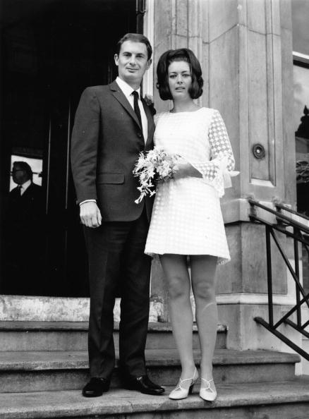 Wedding Dress「Bride And Groom」:写真・画像(4)[壁紙.com]