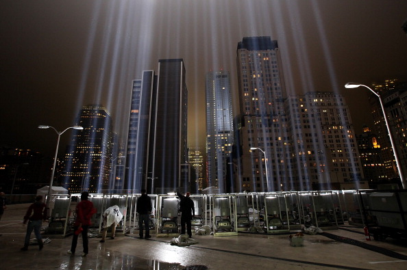 911 Remembrance「New York City Prepares For 10th Anniversary Of September 11 Attacks」:写真・画像(7)[壁紙.com]