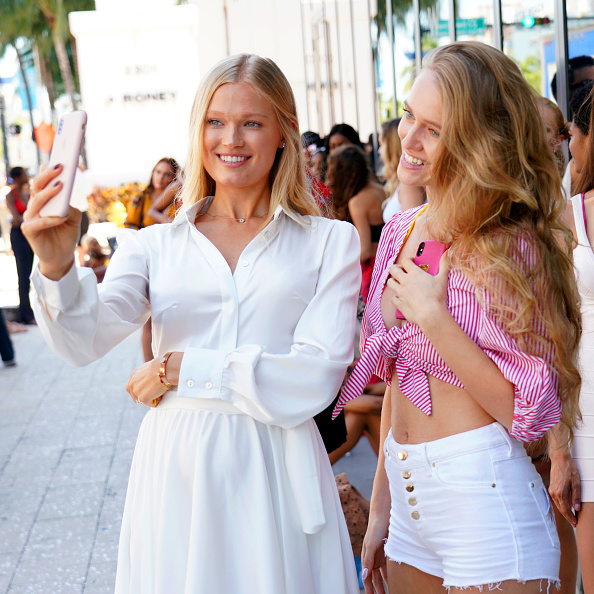 Opportunity「2018 Sports Illustrated Swimsuit at PARAISO During Miami Swim Week, W South Beach - Model Casting Call Day 1」:写真・画像(15)[壁紙.com]