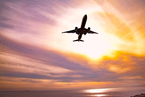 Air travel:スマホ壁紙(壁紙.com)