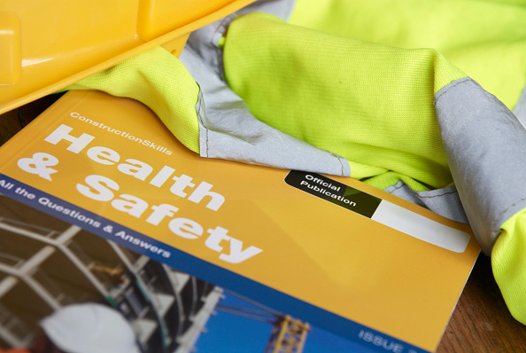 Occupational Safety And Health「CSCS Health and Safety test revision booklet」:写真・画像(1)[壁紙.com]