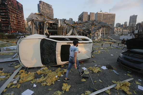 Beirut「Massive Explosion Near Port Area Of Beirut」:写真・画像(2)[壁紙.com]