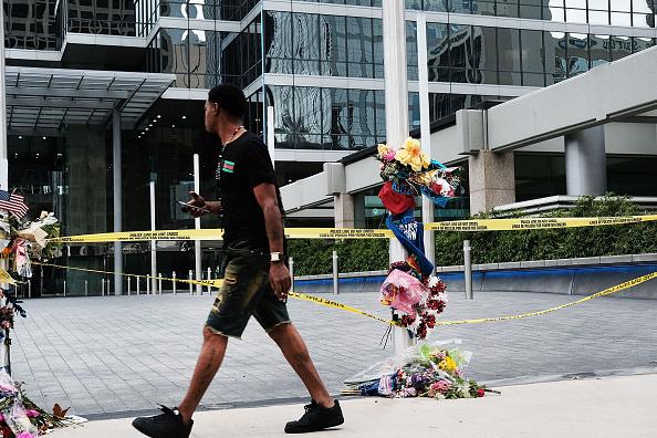 Shooting - Crime「Dallas Mourns Killings Of Five Police Officers」:写真・画像(19)[壁紙.com]