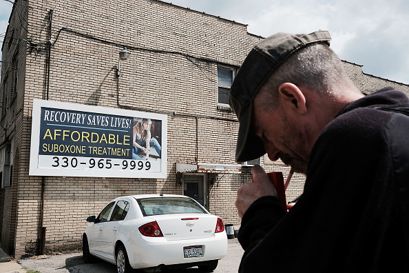 Recovery「Ohio Rust Belt Struggles With Opioid Addiction And Poverty」:写真・画像(7)[壁紙.com]