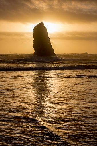 Cannon Beach「Sea stack at Cannon Beach」:スマホ壁紙(5)