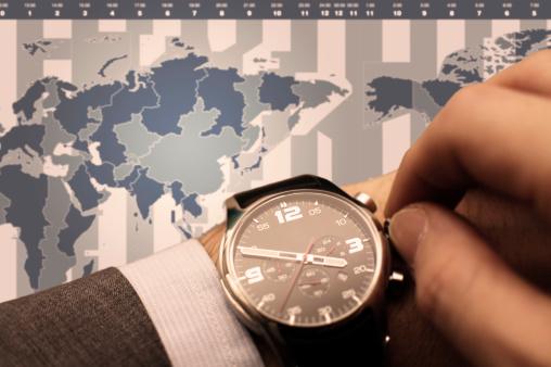 スマホの時計がずれる時の直し方【iPhone/Android …