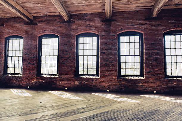 warehouse windows:スマホ壁紙(壁紙.com)