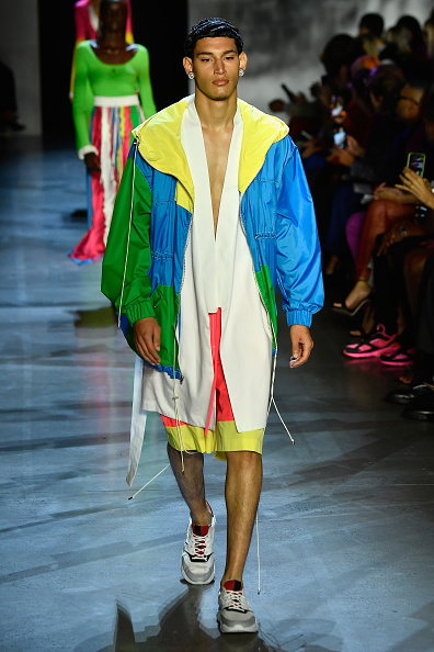 ニューヨークファッションウィーク「Prabal Gurung - Runway - September 2018 - New York Fashion Week: The Shows」:写真・画像(17)[壁紙.com]