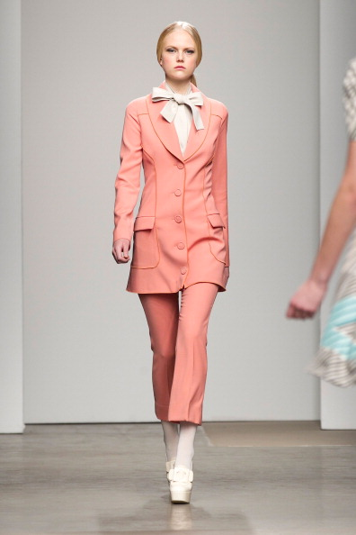 Chelsea Piers「Giulietta - Runway - Fall 2012 Mercedes-Benz Fashion Week」:写真・画像(5)[壁紙.com]