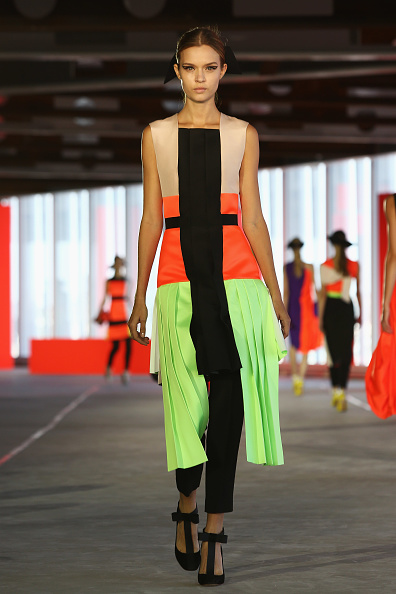Color Block「Roksanda Ilincic - Runway: London Fashion Week SS14」:写真・画像(1)[壁紙.com]