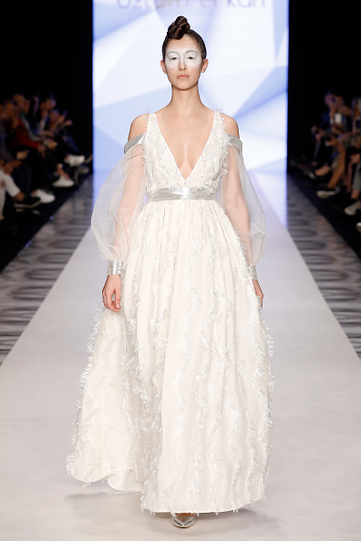 Tristan Fewings「Ozlem Erkan - Runway - Mercedes Benz Fashion Week Istanbul - March」:写真・画像(7)[壁紙.com]