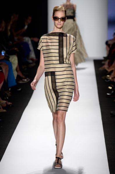 Cream Colored「Carolina Herrera - Runway - Mercedes-Benz Fashion Week Spring 2014」:写真・画像(15)[壁紙.com]