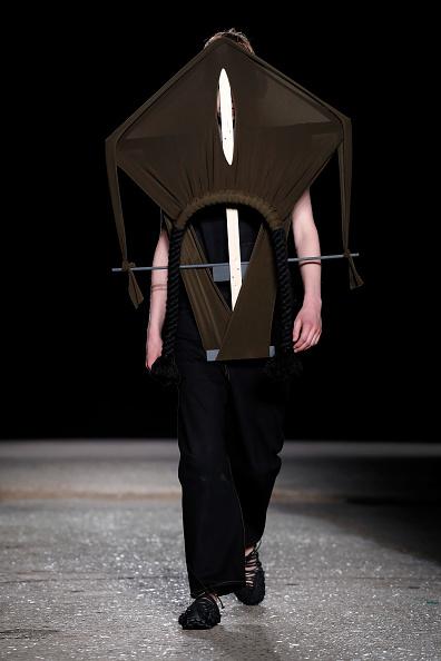 London Fashion Week「Craig Green - Runway - LFWM June 2017」:写真・画像(17)[壁紙.com]