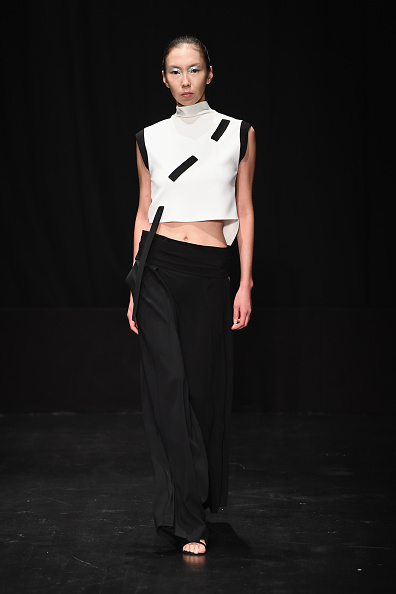 Ian Gavan「Dogay Can - Runway - Mercedes-Benz Fashion Week Istanbul - October 2016」:写真・画像(19)[壁紙.com]