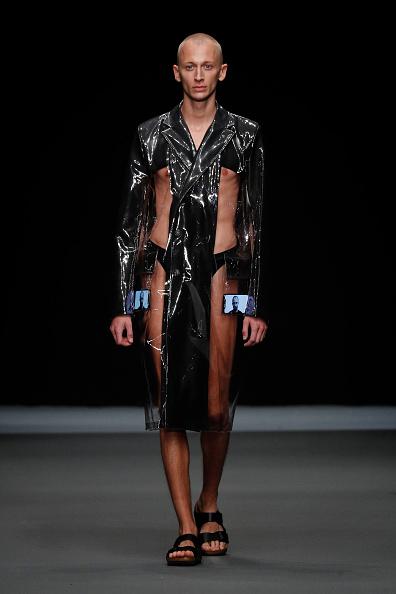 Black Coat「Richert Beil - Show - Berlin Fashion Week Spring/Summer 2020」:写真・画像(9)[壁紙.com]