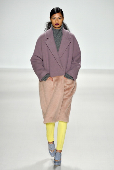 Noon by Noor「Mercedes-Benz Fashion Week Fall 2014 - Official Coverage - Best Of Runway Day 5」:写真・画像(18)[壁紙.com]