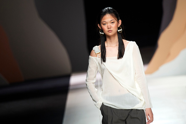 Angel Schlesser - Designer Label「Angel Schlesser - Catwalk - Mercedes Benz Fashion Week Madrid Spring/Summer 2020」:写真・画像(8)[壁紙.com]