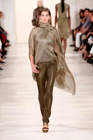 Mercedes-Benz Fashion Week「Ralph Lauren - Runway - Mercedes-Benz Fashion Week Spring 2015」:写真・画像(14)[壁紙.com]