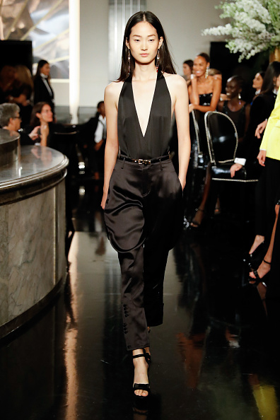 Satin Pants「Ralph Lauren - Runway - September 2019 - New York Fashion Week」:写真・画像(10)[壁紙.com]