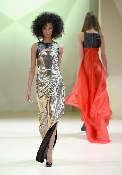 Madinat Jumeirah Hotel「House Of Ronald - Runway - Fashion Forward Dubai October 2014」:写真・画像(4)[壁紙.com]