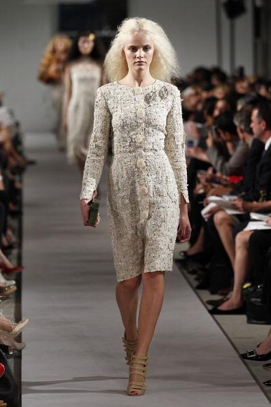 Spring Collection「Oscar De La Renta - Runway - Spring 2012 Mercedes-Benz Fashion Week」:写真・画像(16)[壁紙.com]