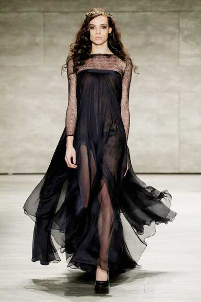 JP Yim「Leanne Marshall - Runway - Mercedes-Benz Fashion Week Fall 2015」:写真・画像(14)[壁紙.com]