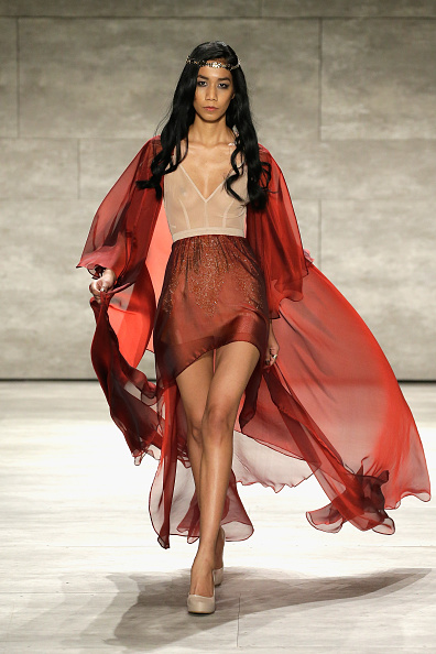 JP Yim「Leanne Marshall - Runway - Mercedes-Benz Fashion Week Fall 2015」:写真・画像(8)[壁紙.com]